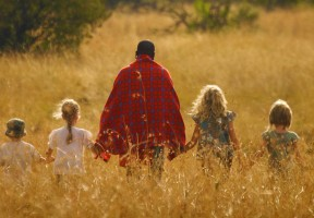 Walking-safari-with-kids-Mara-Bush-houses-main